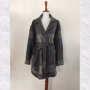 Vintage Woolrich Checked Belted 3/4 Sleeve Coat